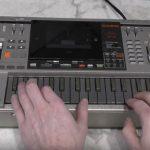 珍)カシオのキーボード付きラジカセ